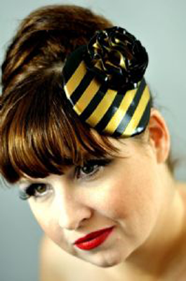 Latex Stripe fascinator with flower