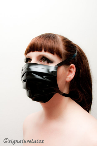 Surgical Mask in Black (E)